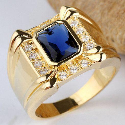 Позолоченный мужской серебряный перстень с сапфиром и бриллиантами